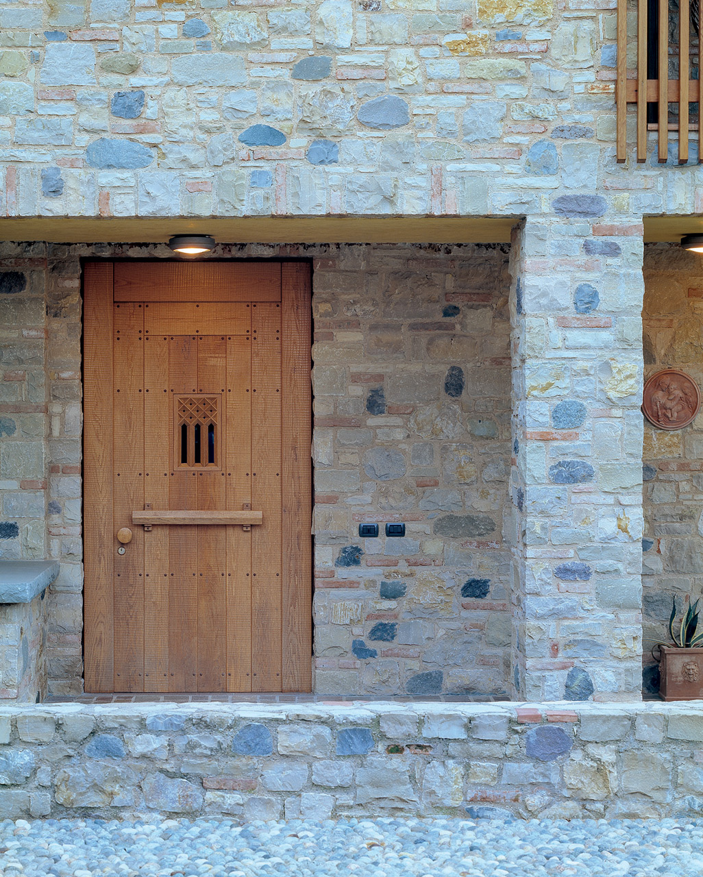 Entrance door made to measure in oak