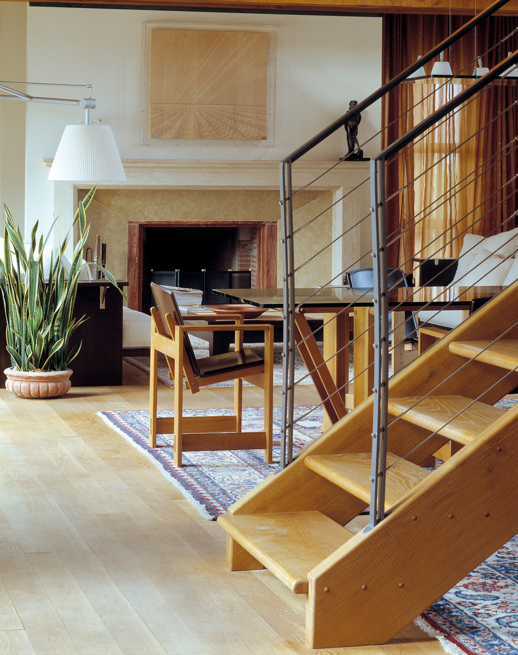 Bespoke staircase in oak.