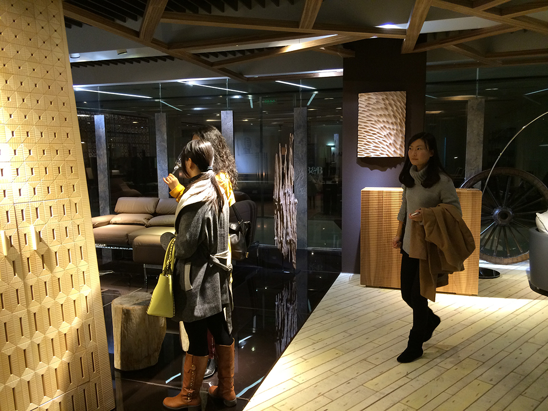 Asian Architects interested in the displayed pieces – JSWB Furniture Mall, Shanghai