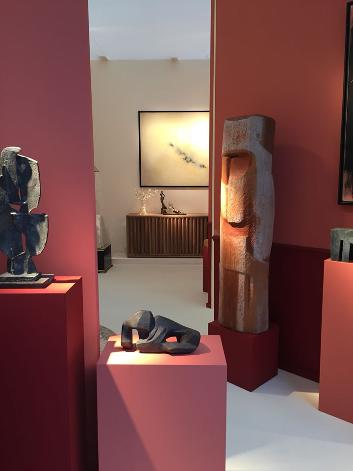 View of the Antimo sideboard in the Martel-Greineral Gallery booth at the BRAFA Art Fair 2018 (Bruxelles)