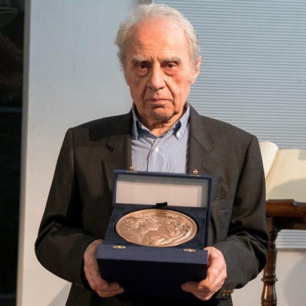 Giuseppe Rivadossi, Maestro d'Arte e Mestiere, at the service of mankind and life